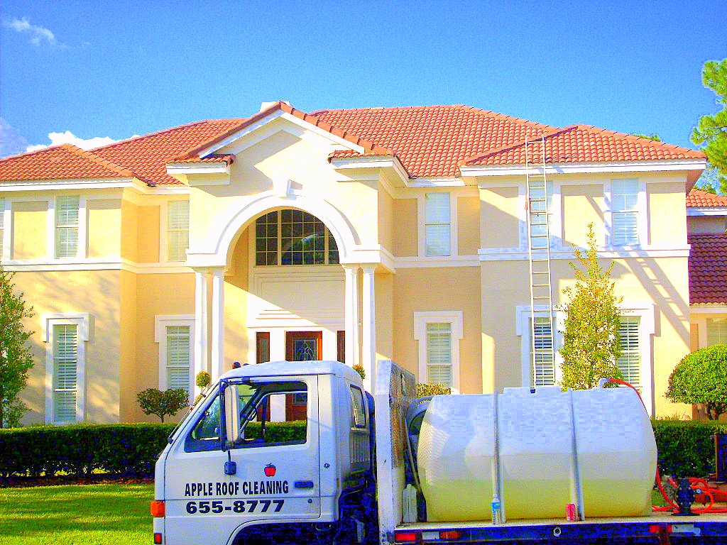 Tampa Roof Cleaning Barrel And Concrete Tile Roof