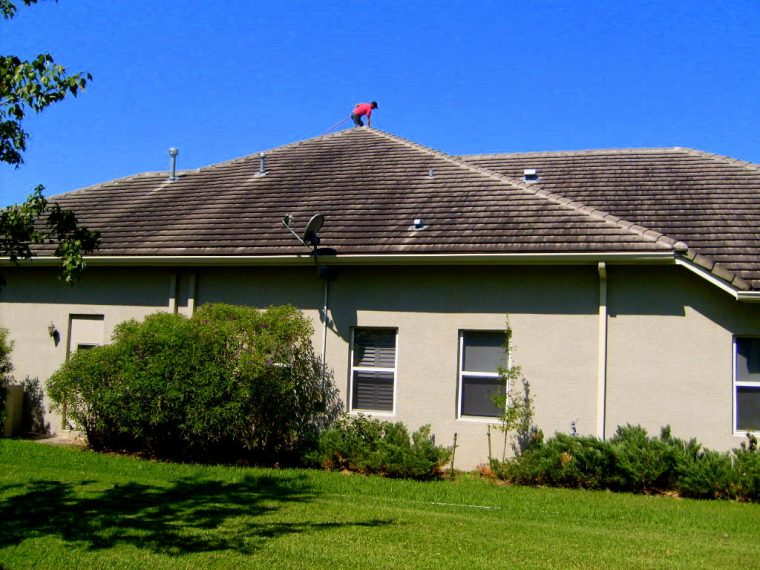tampa-roof-cleaning-060-new