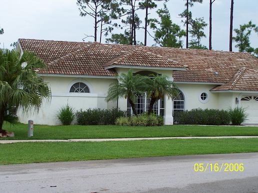 tile-roof-cleaning-tampa-before-cleaning