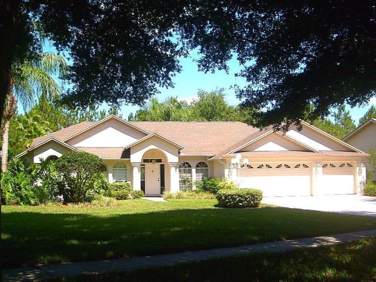 Non Pressure Roof Cleaning Tampa FL