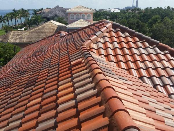 Dirty Tile roof in Tampa after it was cleaned